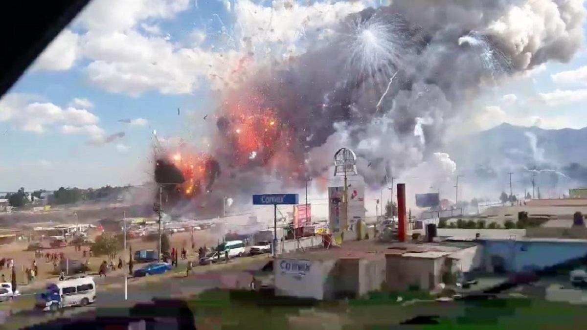 Ударная волна повредила дома, двое человек погибло – в Мексике взрыв