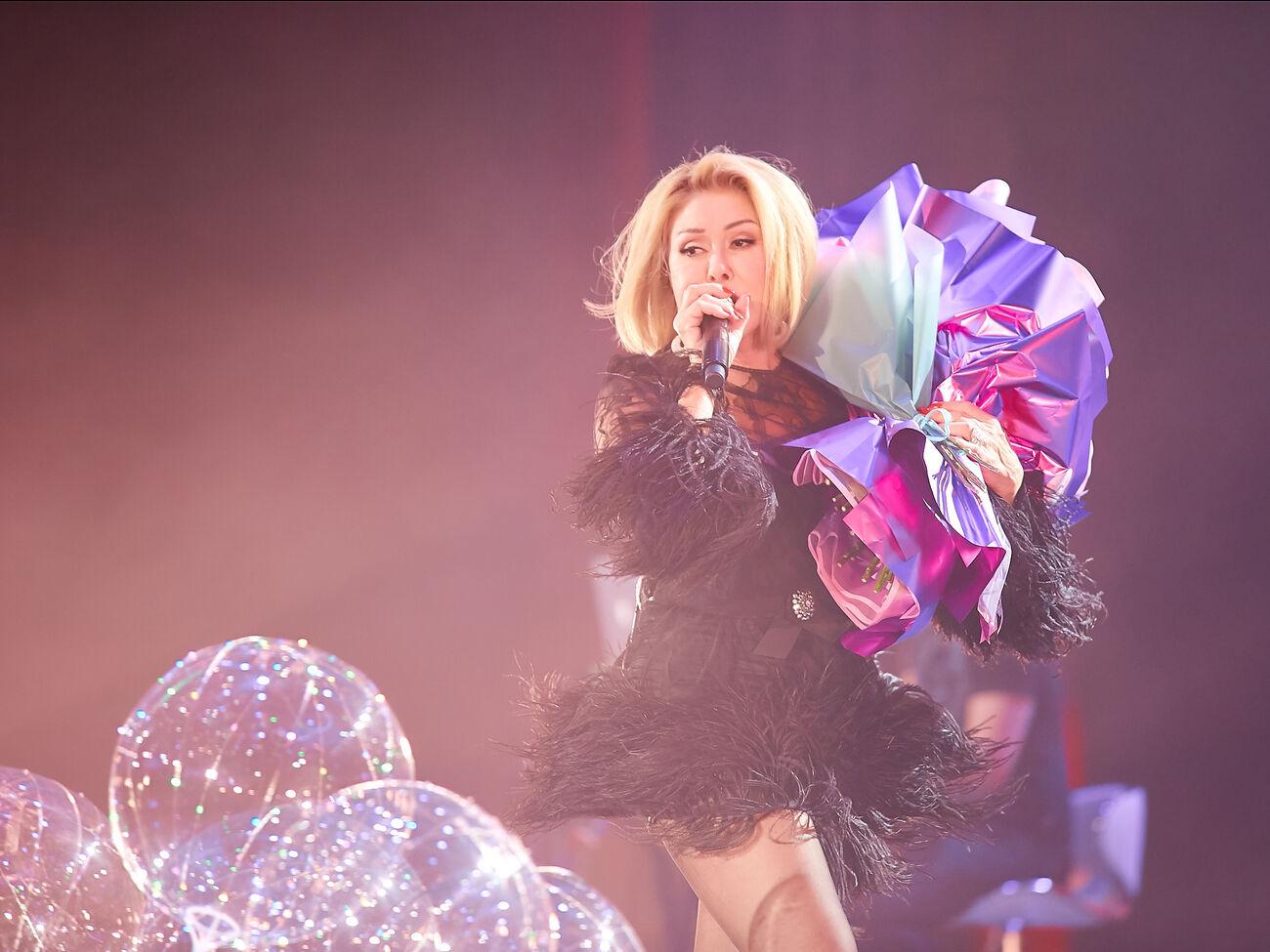 Успенская на своем концерте в Киеве споет дуэтом с Каменских