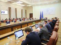 Кабмин Украины выделил из фонда борьбы с COVID-19 1,3 млрд грн на выплаты по безработице