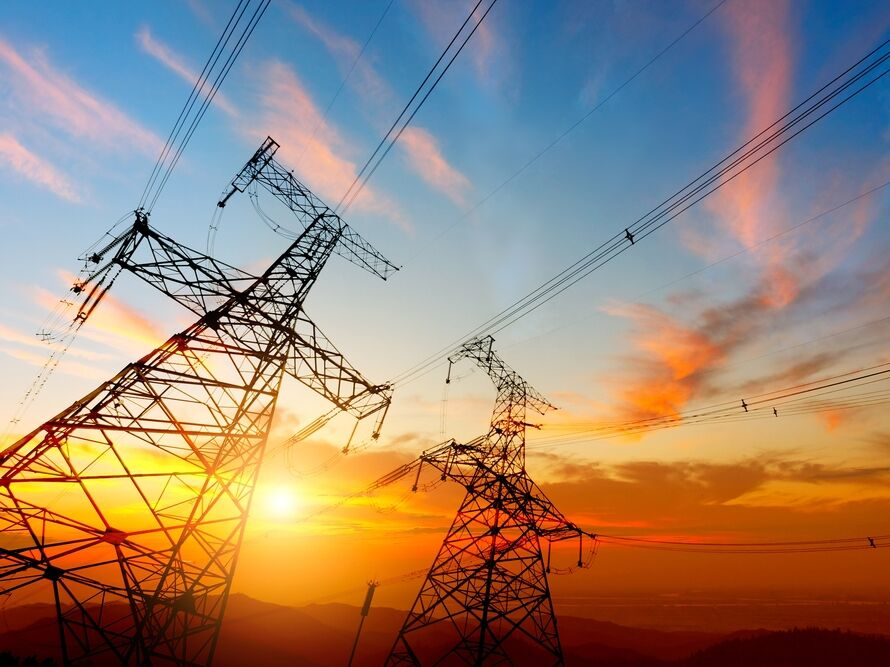 Украинские компании выкупили мощности для импорта электричества из РФ