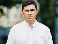 Подоляк: Надеемся, что хотя бы новых разрушительных ударов стихии по Крыму больше не будет